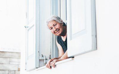 Entornos de las personas mayores, protectores en situaciones de emergencia sanitaria (COVID-19)